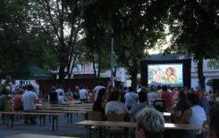 Więcej o: Kino Letnie na Stawiszyńskim Rynku