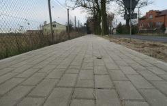 Więcej o: Zakończenie budowy odcinka chodnika w ciągu drogi gminnej w miejscowości Wyrów