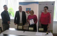 """Więcej o: Podpisanie umowy na """"Budowę Przedszkola Samorządowego w Stawiszynie"""